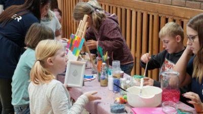 Schüler spielen Stadtleben in Meppener Jam-City nach